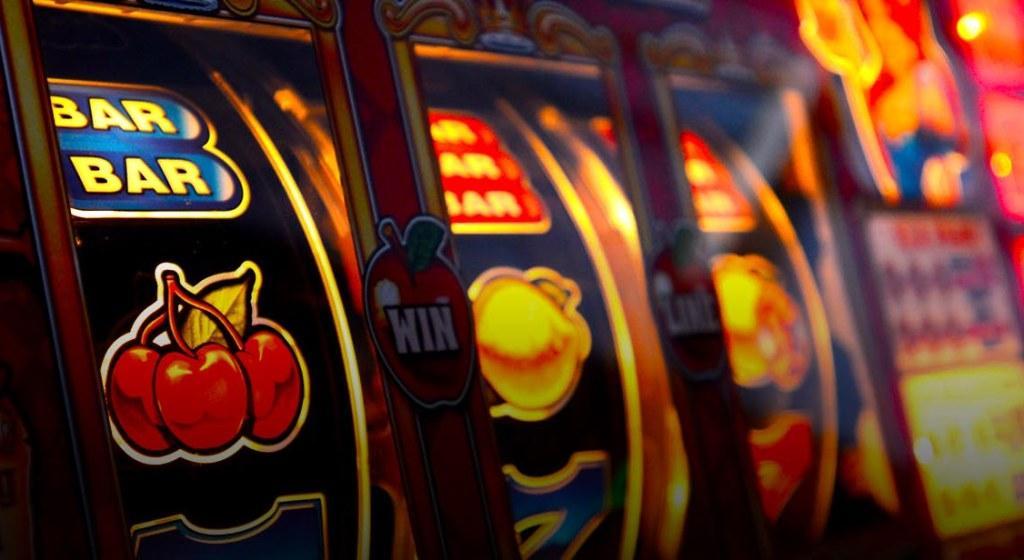 Какое казино выбрать новичку, чтобы играть в игровые автоматы онлайн